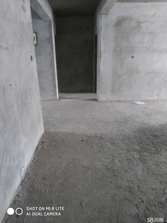 桂城小区  3室2厅2卫    地理位置好