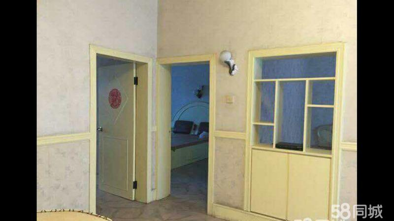 新上城对面3室2厅1卫临近小学