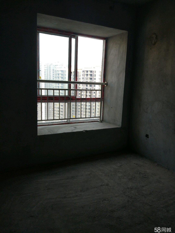 南城印象二期96平中户型4室两厅两卫
