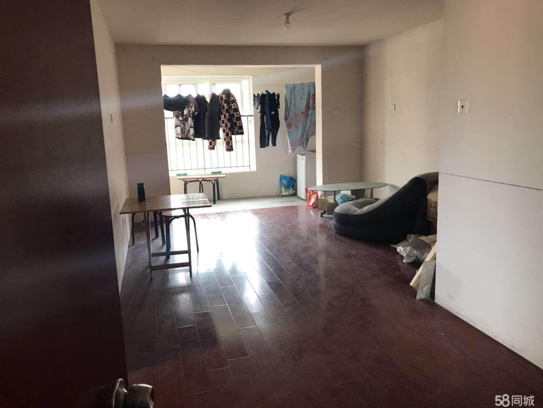 新小区凤鸣园4室2厅2卫