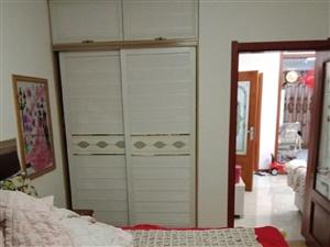 盐湖城29号楼2室2厅1卫