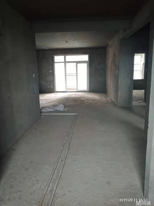 金域华庭3室2厅2卫