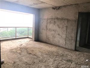 宏伟城4室2厅2卫3阳台