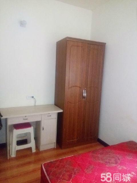 700元特别便宜出租,金滩广场新附近装修单身公寓一室一厨一卫