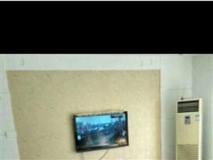 东营区东赵小区带减3室2厅120平米中等装修年付