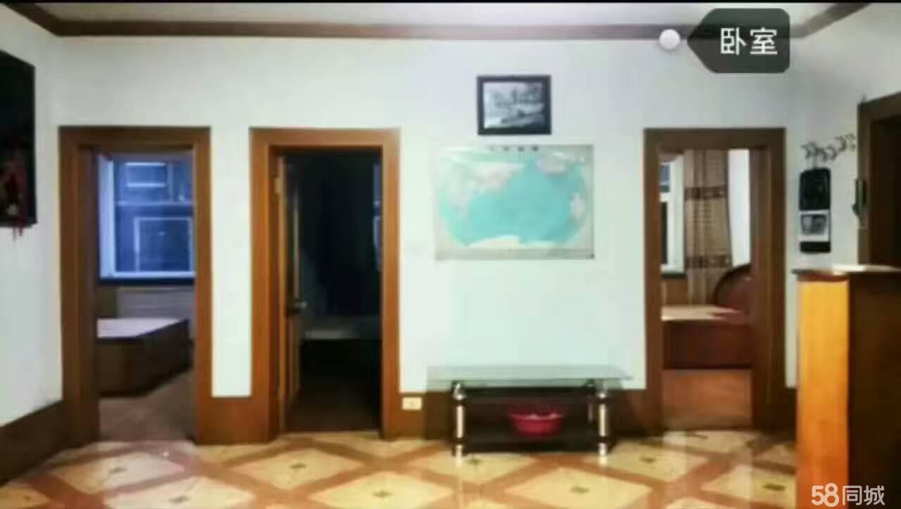 辉南爱民小区附近3室1厅90平米简单装修年付