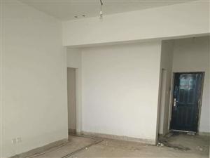 文山市一中旁突然降价33万急售3室2厅2卫126平米