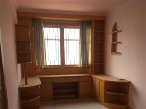 中玉小区4室2厅2卫