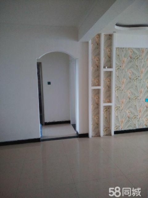 濮阳县格瑞斯小镇3室2厅110平米简单装修年付