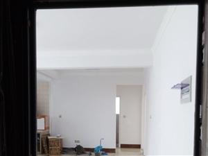 君临天下3室2厅1卫120平米,两梯三户,南北通透,三面采光,电梯房