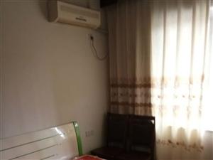泸县仁和春天3室2厅120平米简单装修半年付