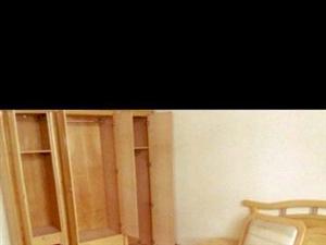 老城区东街2室1厅1卫1200元/月