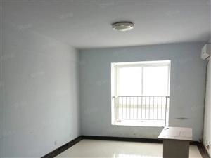 前进路,东和尚品3室简单装修现房,产证齐可按揭