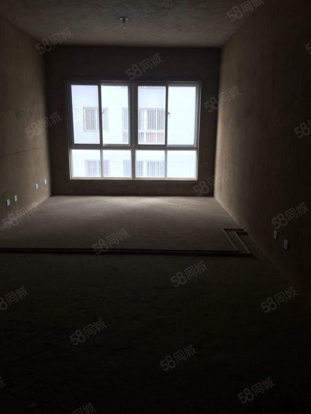 家佳大厦101平米61万3室101m