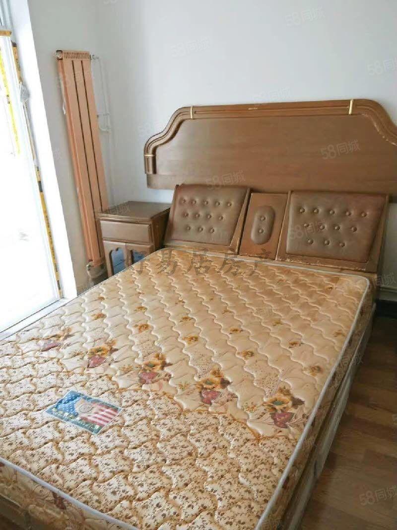 秦都建设小区多层两室简单装修