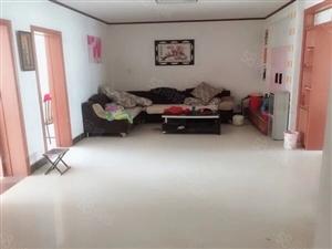 出售实际地方新宇苑118平三室两厅5楼简装修带车库37平米