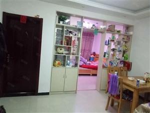 学府大道三室一厅一卫精装可分期