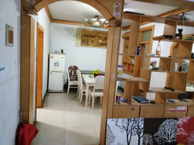整租闫庄小学对面3室2厅2卫精装修拎包入住