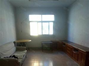 卧龙区师院附近大河铜矿厂家属院有证可按揭三室两厅108平