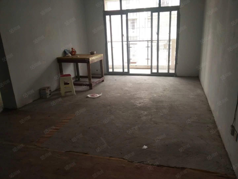 永邦地产凤凰半岛2期3室2厅2卫房东急卖低于市场价