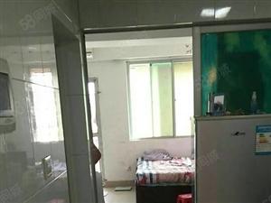 鑫和大厦精装一室一阳台温馨舒适拎包入住