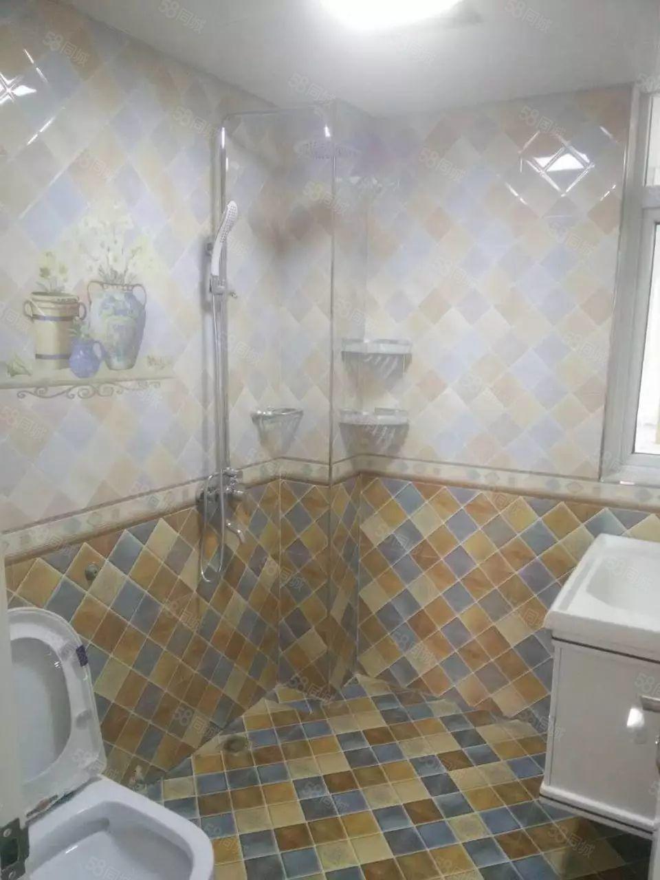 王土楼,单身公寓,带有独立卫生间,空调热水器!