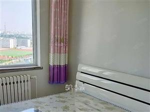 海辰家园精装修110平家具家电齐全包物业取暖拎包住