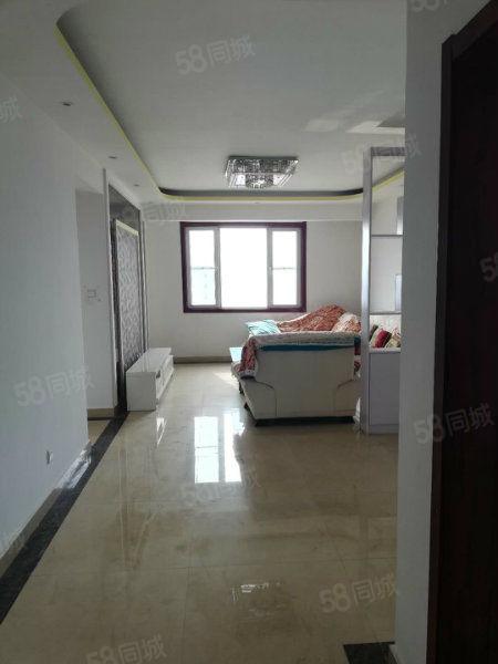 急售天华领秀城精装三室每个房间都有窗户采光非常好
