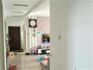胜宏辰轩六楼100平方三室一厅精装修干净带地下室证满三年出售