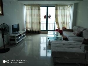 海甸岛蓝岛康城3房保养好,干净,整洁3000元,随时看房