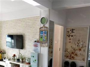 新域3室电梯房好楼层精装修送家具家电