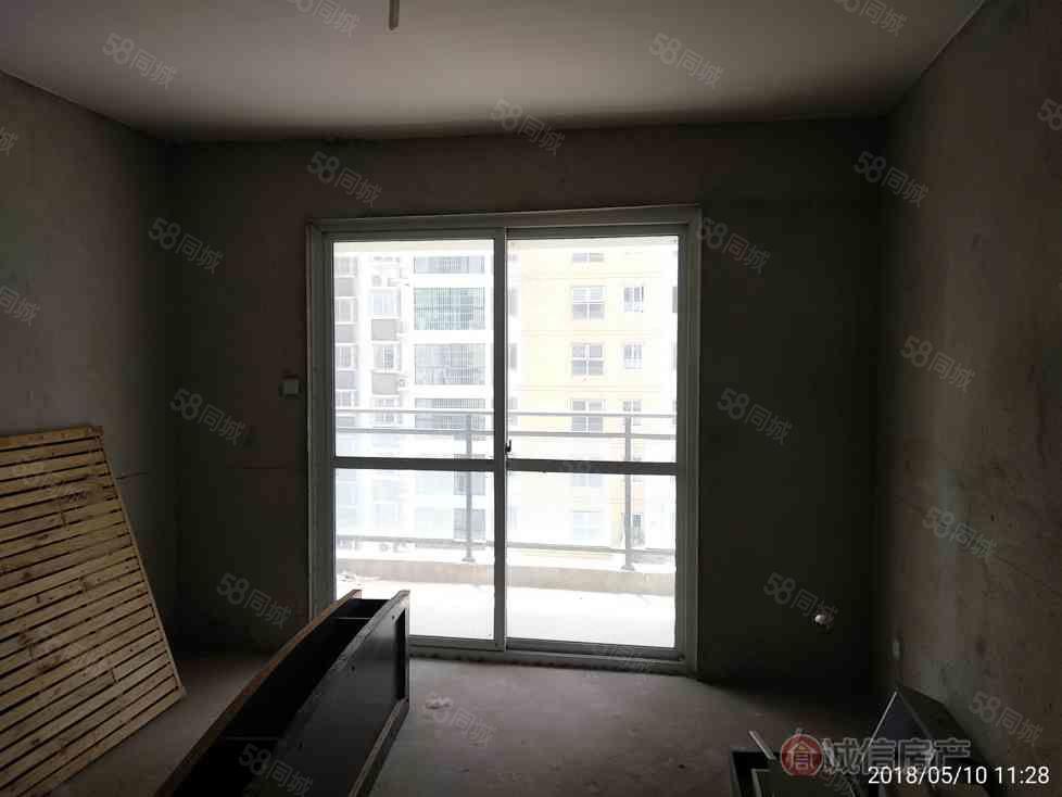 鹏程路安置小区2室2厅1卫,房主急售