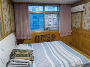 福德转盘一室一厅年租季度付包取暖