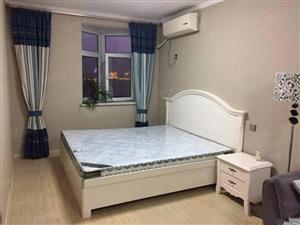 曼哈顿G区精装1室公寓家具家电包取暖物业电梯