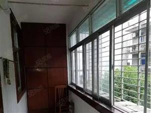 运动公园旁万达广场附近两室一厅出租