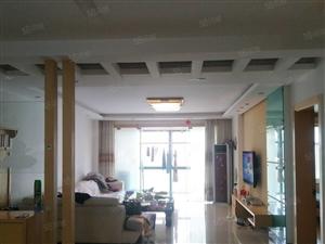 市中心解放路翔宇生活广场六中学区精装3居室双气地暖