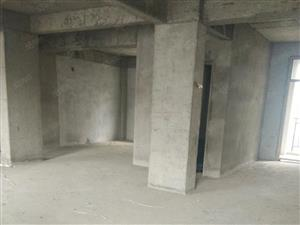 香格里拉毛坯五楼三室二厅