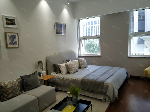 富力总部基地一楼网点房门头房可改loft公寓财富中心青特赫府