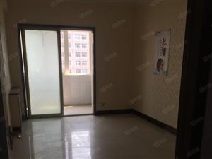 人民东路秦峰大厦两室精装大面积办公