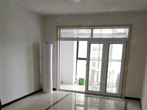 凯旋城电梯房,精装修1500元/月,拎包入住。。