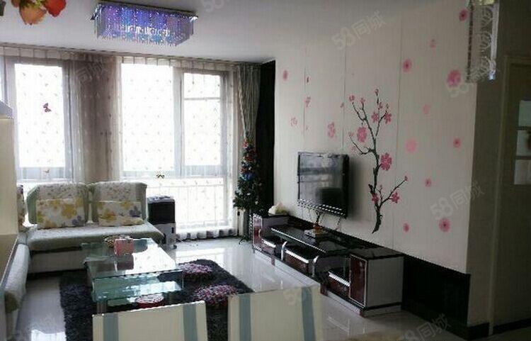 六合之家精装大四房家电家具齐全价位便宜随时看房