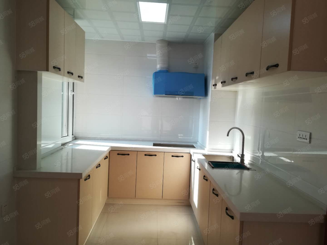 石化新区C区2室精装家具家电齐全包取暖物业电梯
