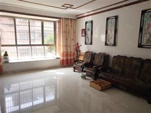 美佳房产芗泉佳园四室两厅两卫宽敞明亮,多数学校在附近