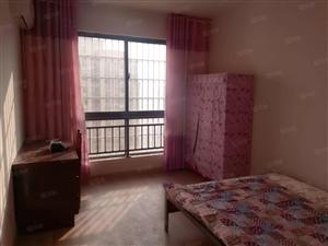 急租鲁班简装两室拎包入住有空调包物业