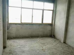 绿景美城3室2厅2卫电梯房毛坯