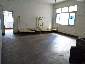 上江北炮台小区5室两厅150可办公1000元