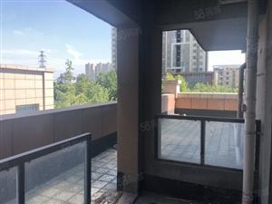 3楼带80平露台,双阳台,落地窗,南北通透,诚心出售