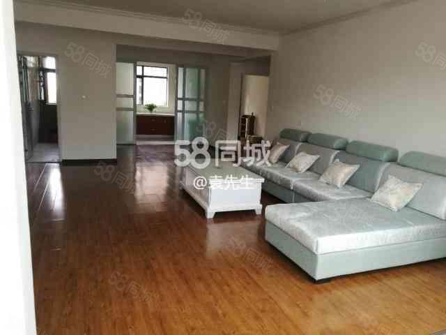 回家的诱惑,2400元/月4室2厅2卫2阳台,紧急出租