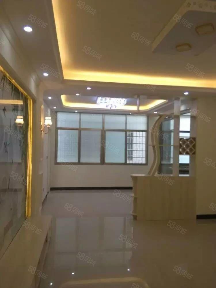 祁东育贤学校电梯5层新装4室售46.8万