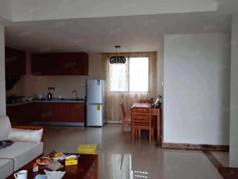 椰风海岸,靠近海岸,临近市场,有多套2房出租。。。